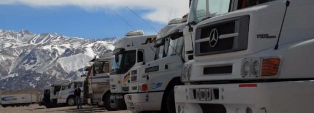 Empresarios del transporte de cargas alertan por aumentos de costos fijos y el impacto en la producción